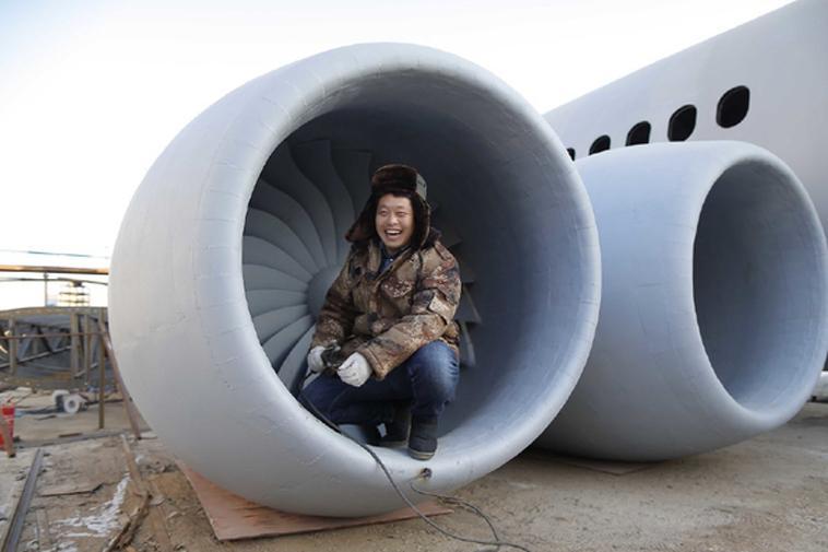 Zhu Yue với niềm vui thích cạnh may bay A320
